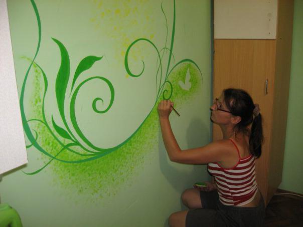 Как правильно красить стены своими руками