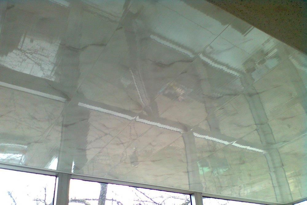 ПВХ на потолок