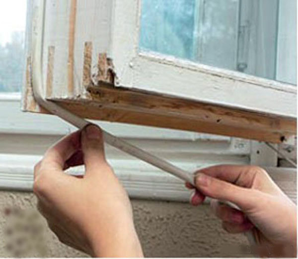 уплотнить окно резиновым уплотнителем